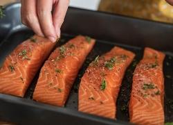 Рибата и рибните продукти  - източници на омега 3 - мастни киселини, пълноценни белтъци, важни микроелементи и витамини.